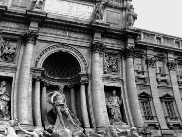 Trippy Trevi Fountain